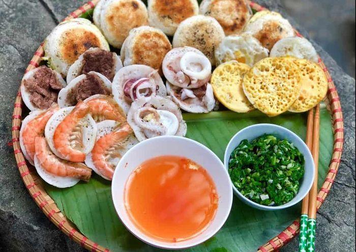 Bánh căn siêu ngon ở Nha Trang