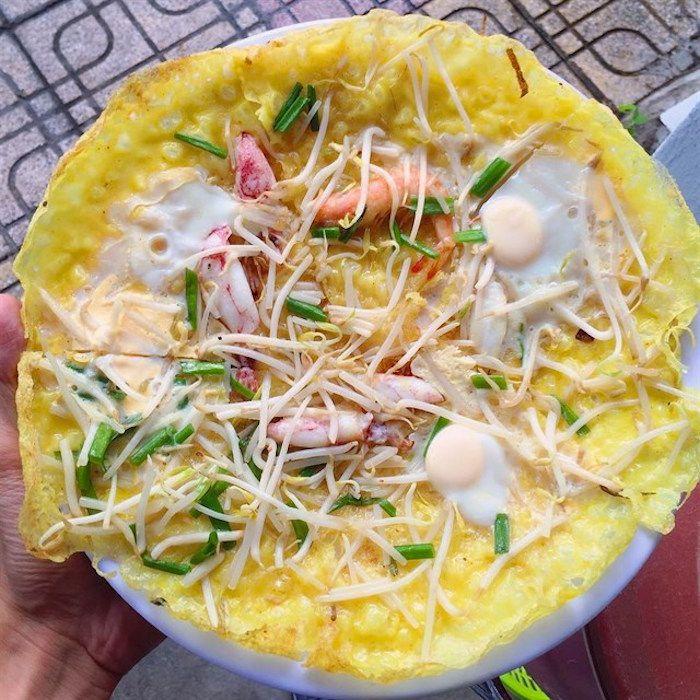 Bánh xèo chảo nhân tôm mực Tô Hiến Thành Nha Trang