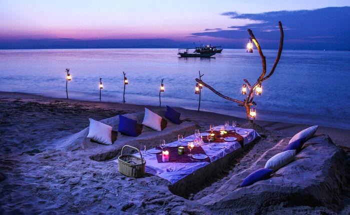 Tận hưởng cảnh sắc bình minh và hoàng hôn trên đảo Cô Tô