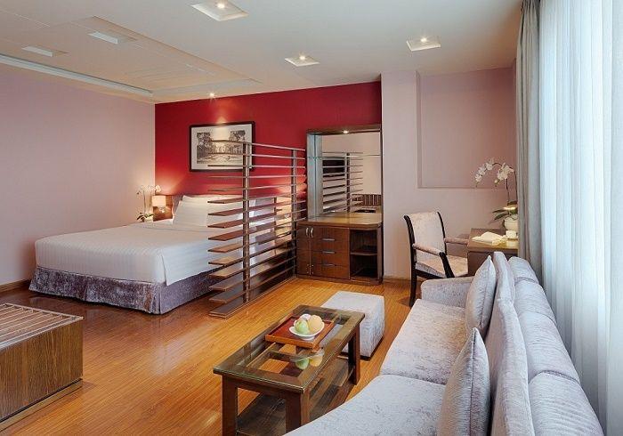 hotel-walkstreet-grand-silver