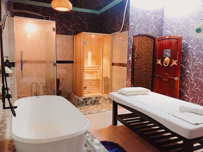 hung-thanh-hotel-amp-massage