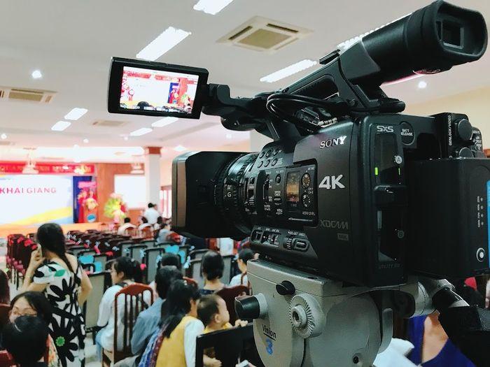 thue-quay-phim-livestream-su-kien-de-truyen-tai-thong-tin-den-nguoi-xem-tot-hon