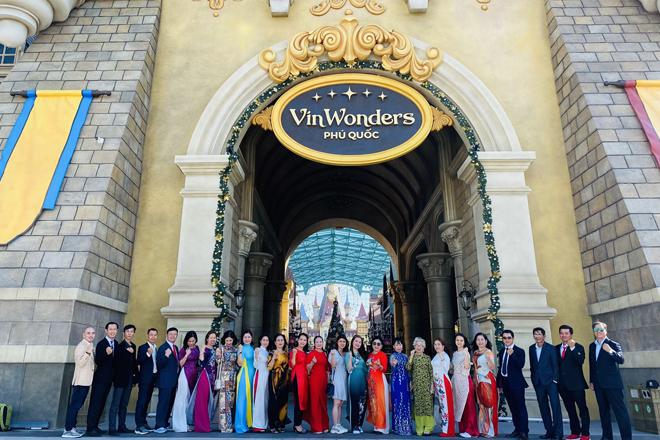 Ấn tượng đoàn khách tham quan Vinwonder Phú Quốc