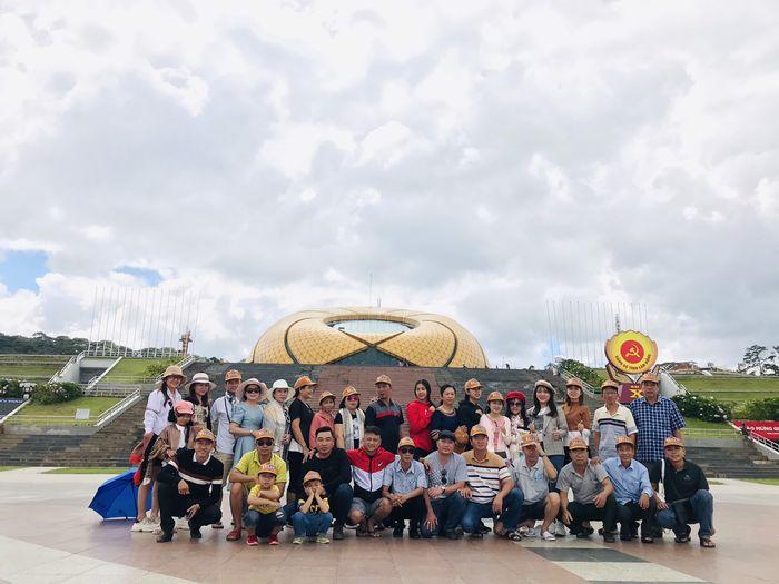 Đoàn khách Bazan Travel du lịch Đà Lạt giá rẻ chỉ 1,5 triệu