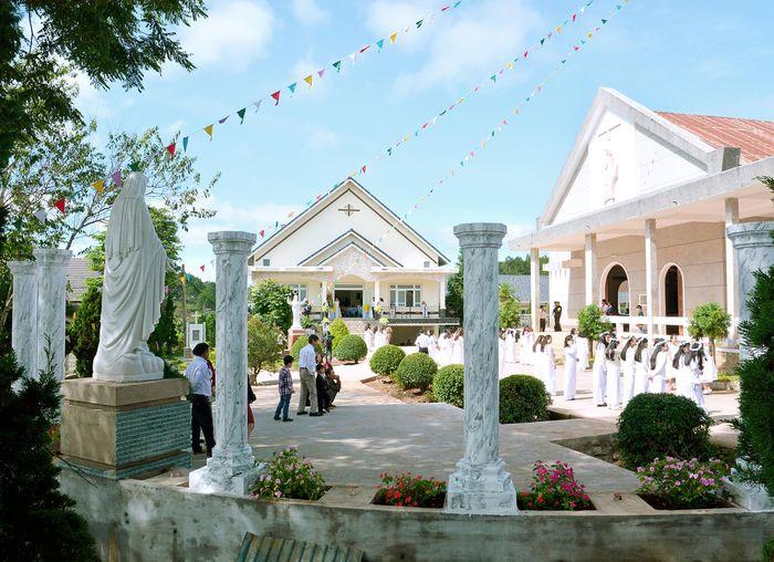 nhà thờ giáo xứ Vạn Thành Đà Lạt