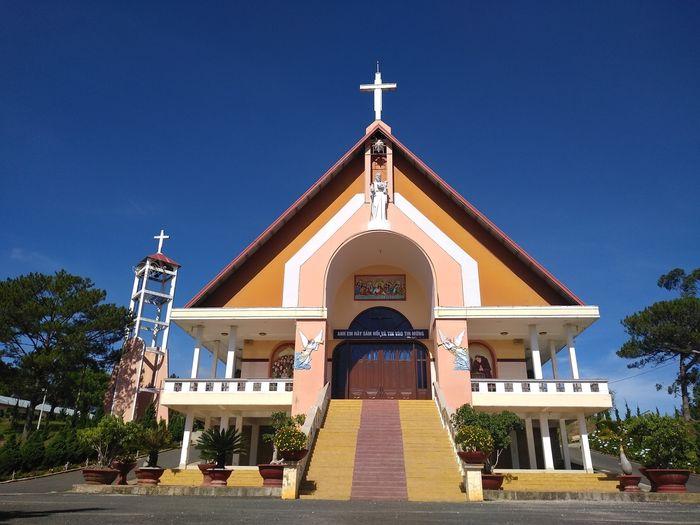 nhà thờ tùng lâm đà lạt